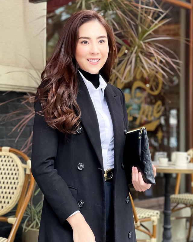 BTV Mai Ngoc 12 روش پوشیدن یک بلیزر استاندارد و زیبا را بیاموزید ، اما به هیچ وجه - عکس 1.