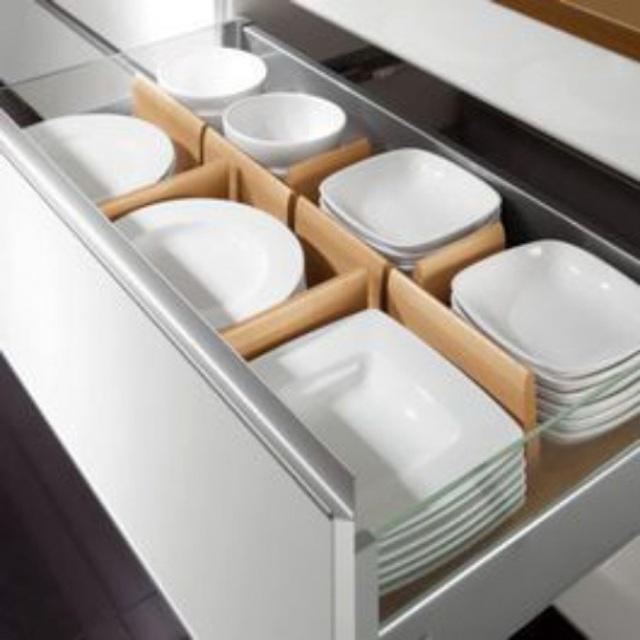 Những mẹo vặt giúp bát đĩa nhà bếp luôn gọn gàng và ngăn nắp - Ảnh 3.