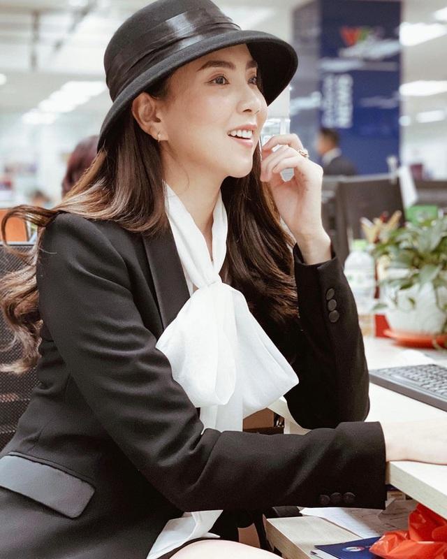 BTV Mai Ngoc 12 روش پوشیدن یک بلیزر استاندارد و ظریف را بیاموزید ، اما به هیچ وجه - عکس 4.