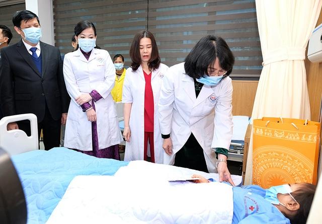وزیر بهداشت امیدوار است که بیمارستان مرکزی تایلند نگوین به یک کلاس خاص منتقل شود - عکس 4.