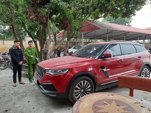 سوژه ای که ماشین مقدس ، Duong Min Tuen را شلیک کرده ، در ایستگاه پلیس چه تجربه ای داشته است؟  تصویر 3