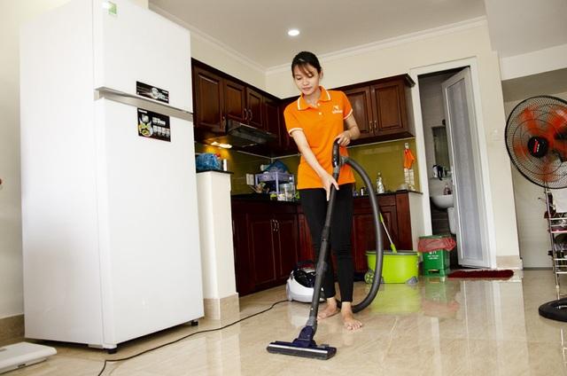 هزینه خدمتکار Blooming Tet در هانوی 500000 VND / نفر / روز هزینه دارد - عکس 2.