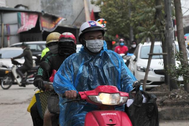لباس های ویژه هانوی در اولین روز از یک دوره سرد سرد - عکس 8.