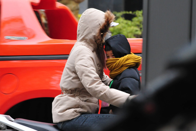 لباس های ویژه هانوی در اولین روز ثبت هوای سرد - عکس 4.