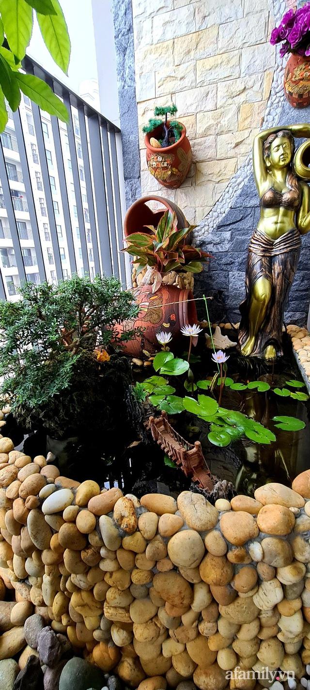 Khu vườn nhỏ thư giãn, tĩnh lặng trên ban công với view hồ lãng mạn của gia đình giám đốc trẻ ở Hà Nội - Ảnh 11.