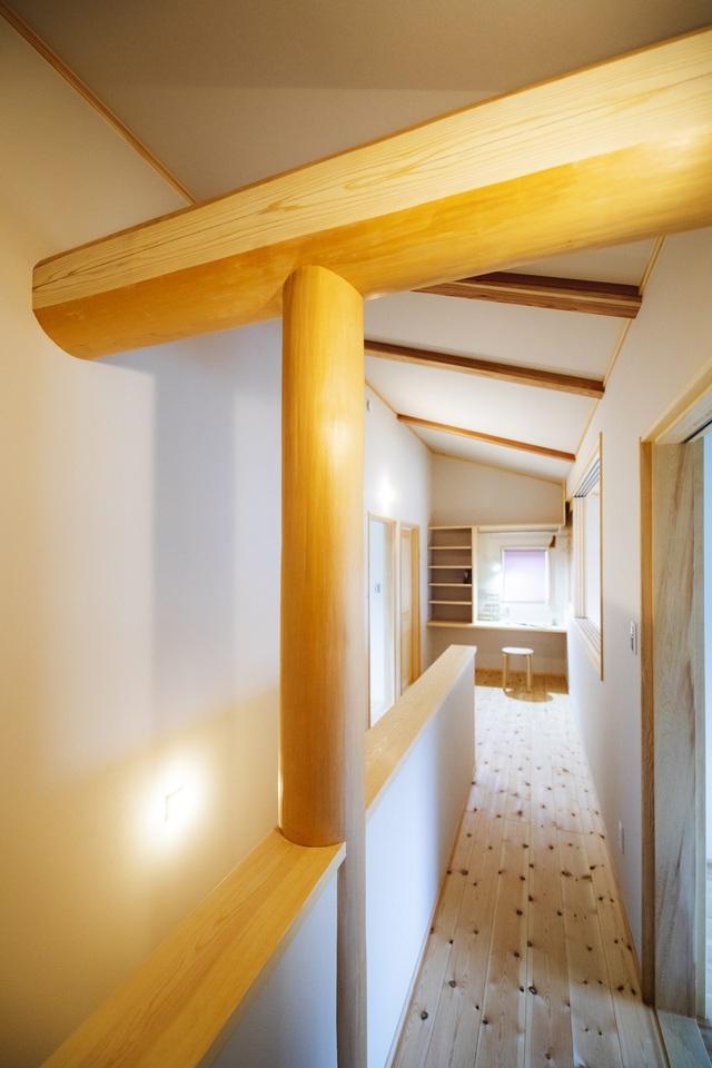 خانه ای چوبی ساخته شده در معماری ژاپنی با یک طبقه همکف ساکت و آرام برای خانواده های جوان - تصویر 11.