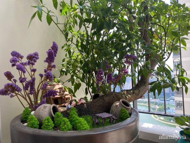 Khu vườn nhỏ thư giãn, tĩnh lặng trên ban công với view hồ lãng mạn của gia đình giám đốc trẻ ở Hà Nội - Ảnh 12.