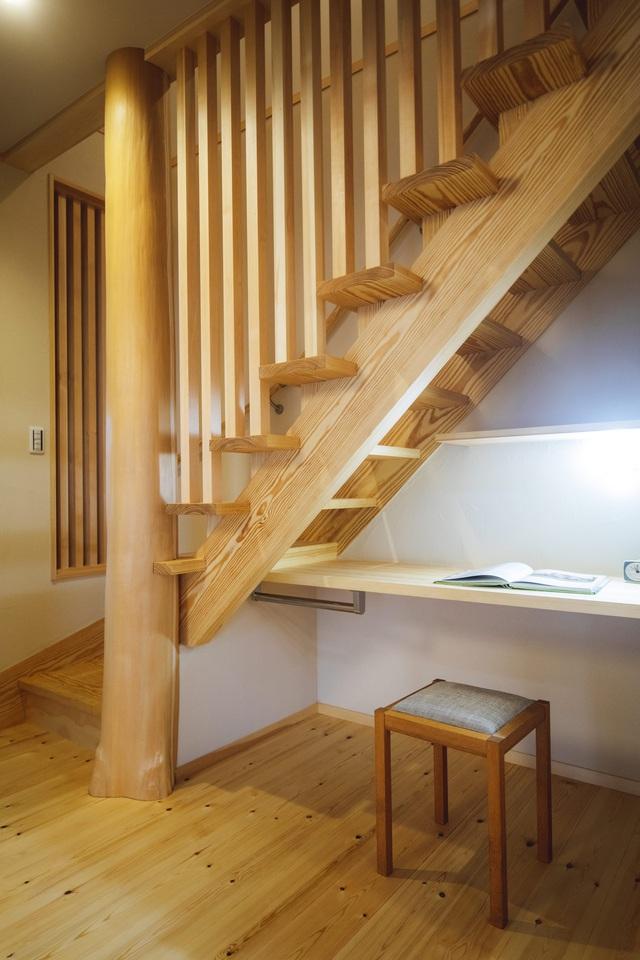 خانه ای چوبی ساخته شده در معماری ژاپن با 1 طبقه همکف و 1 آرامگاه میان طبقه برای خانواده های جوان - عکس 12.