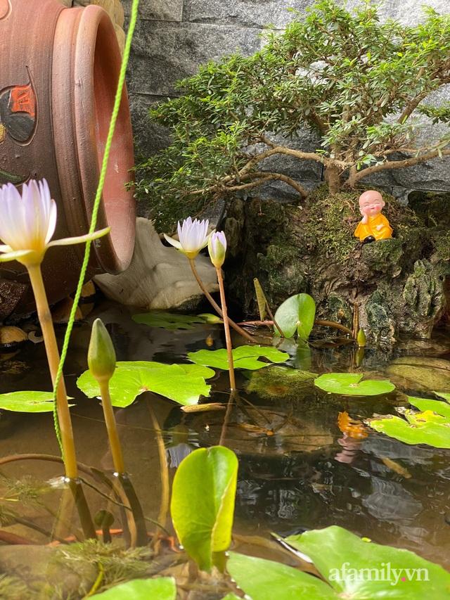 Khu vườn nhỏ thư giãn, tĩnh lặng trên ban công với view hồ lãng mạn của gia đình giám đốc trẻ ở Hà Nội - Ảnh 25.
