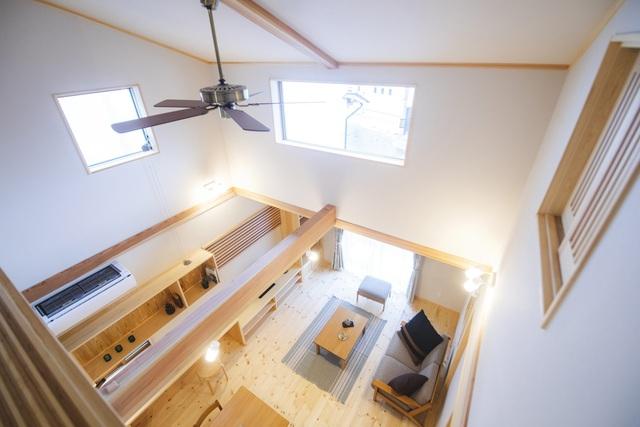 خانه ای چوبی ساخته شده در معماری ژاپن با 1 طبقه همکف و 1 آرامش در فضای متوسط برای خانواده های جوان - عکس 4.