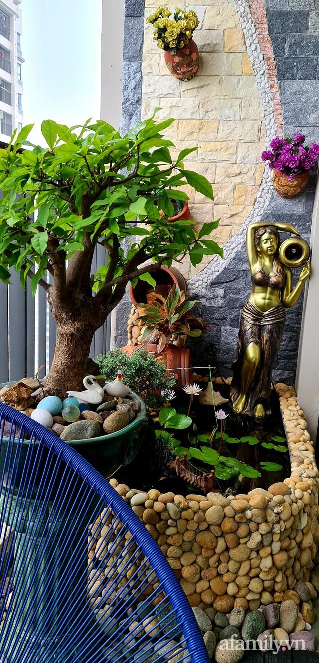 Khu vườn nhỏ thư giãn, tĩnh lặng trên ban công với view hồ lãng mạn của gia đình giám đốc trẻ ở Hà Nội - Ảnh 8.