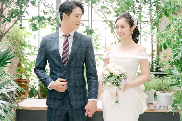 عکس عروسی MC Thuy Linh VTV و همسرش 5 سال بازیگر جوان تر - عکس 10.