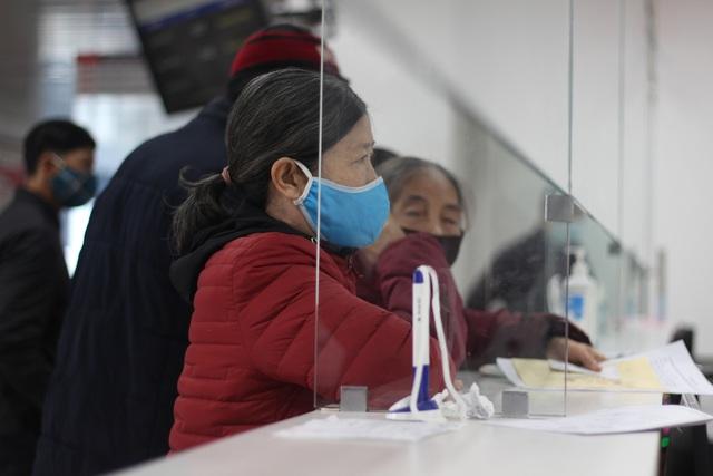 کوانگ بن: سالمندان ، کودکان خردسال به دلیل برودت هوا در بیمارستان بستری می شوند - عکس 2.
