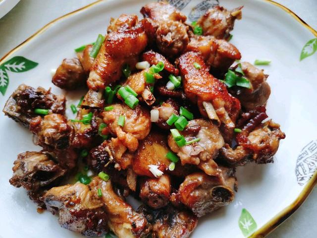 Thực đơn cơm tối 4 món ngon nấu siêu nhanh giá siêu hợp lý - Ảnh 9.