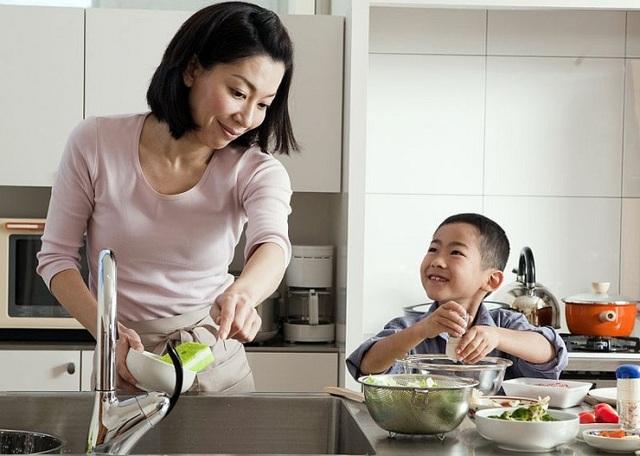 Sức mạnh của thói quen tốt mỗi ngày bố mẹ tạo cho con - Ảnh 1.