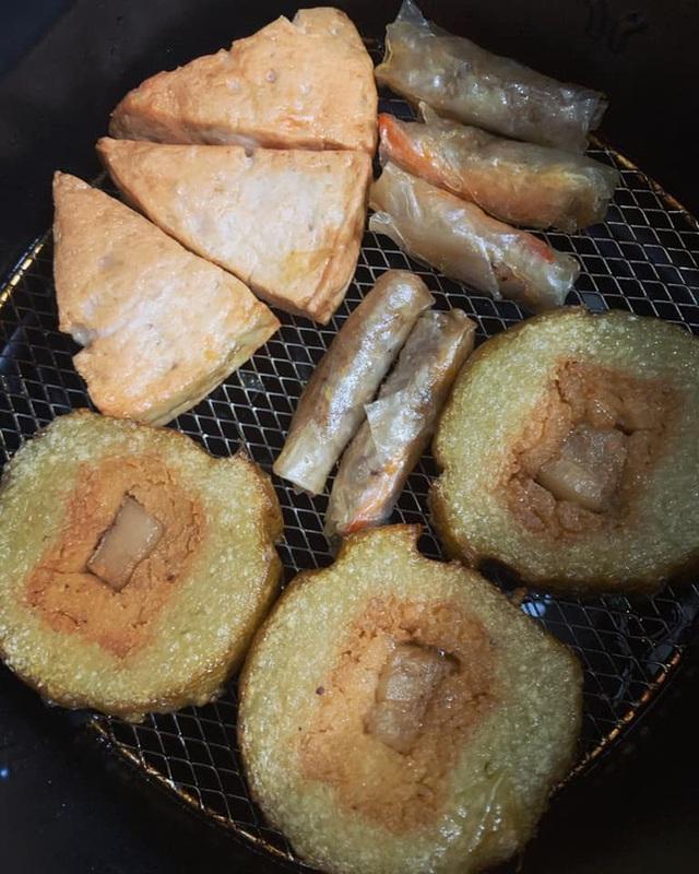 Nhà còn nhiều bánh chưng, các chị em làm theo cách này là có món bánh chưng rán giòn tan lại nhàn tênh - Ảnh 12.