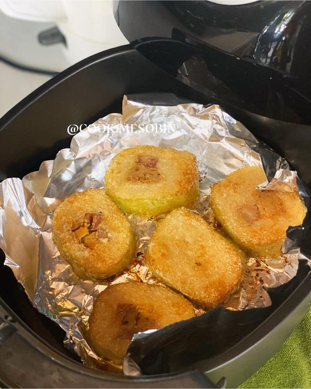 Nhà còn nhiều bánh chưng, các chị em làm theo cách này là có món bánh chưng rán giòn tan lại nhàn tênh - Ảnh 19.