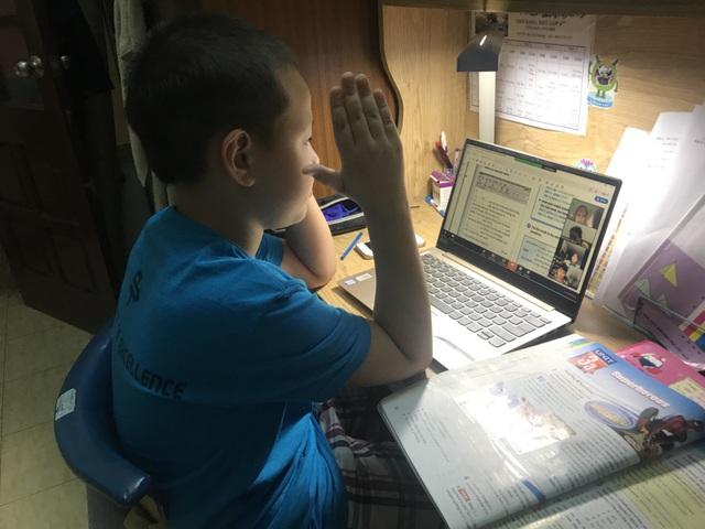 """Con học online tại nhà để hiệu quả, cha mẹ cần """"thiết quân luật"""" từ đầu cho con - Ảnh 2."""