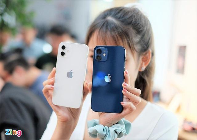 Loạt smartphone cao cấp đang có giá tốt ở Việt Nam - Ảnh 3.