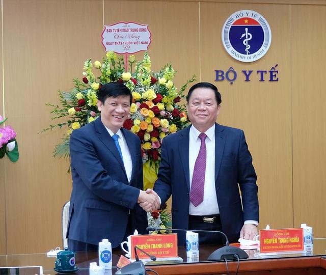 Tân Trưởng Ban Tuyên giáo Trung ương tin tưởng Việt Nam sẽ chiến thắng đại dịch COVID-19 - Ảnh 2.