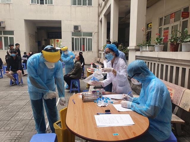Hà Nội xét nghiệm SARS-CoV-2 miễn phí cho tân binh nhập ngũ - Ảnh 6.