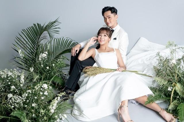 Đời sống thượng lưu của mỹ nam TVB lấy vợ giàu - Ảnh 4.