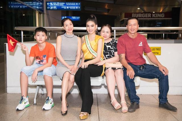 Ngọc Thảo mặc đồ bảo hộ, đeo sash Việt Nam lên đường chinh phục Miss Grand International 2020 - Ảnh 4.