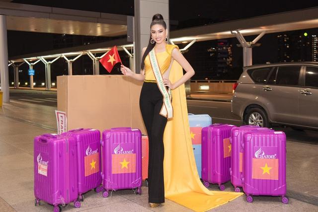 Ngọc Thảo mặc đồ bảo hộ, đeo sash Việt Nam lên đường chinh phục Miss Grand International 2020 - Ảnh 2.
