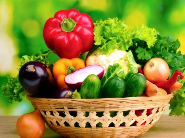 Vẫn cất rau củ, trái cây trong tủ lạnh kiểu này bảo sao nhanh hư, biến chất - Ảnh 1.