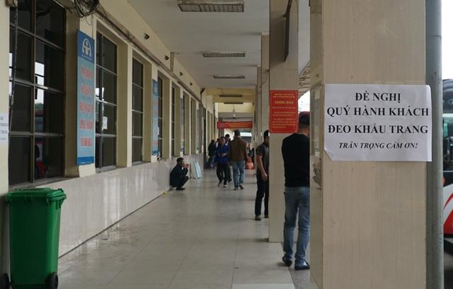 Hà Nội: Bến xe ngày Tết phòng, chống dịch COVID-19 nghiêm ngặt như thế nào? - Ảnh 6.