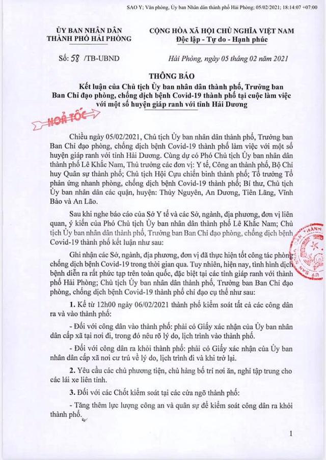 Chính phủ yêu cầu không làm quá, Hải Phòng vẫn bắt có giấy đi lại: Dân hối hả hỏi nhau làm sao để về - Ảnh 3.