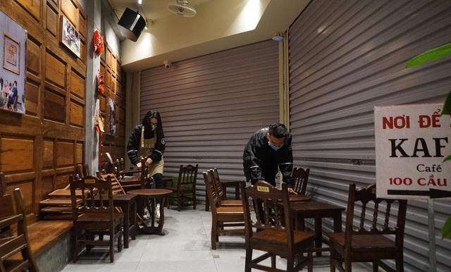 Hà Nội: Nhà hàng, quán cà phê xuyên đêm chuẩn bị cho ngày đầu hoạt động trở lại - Ảnh 4.