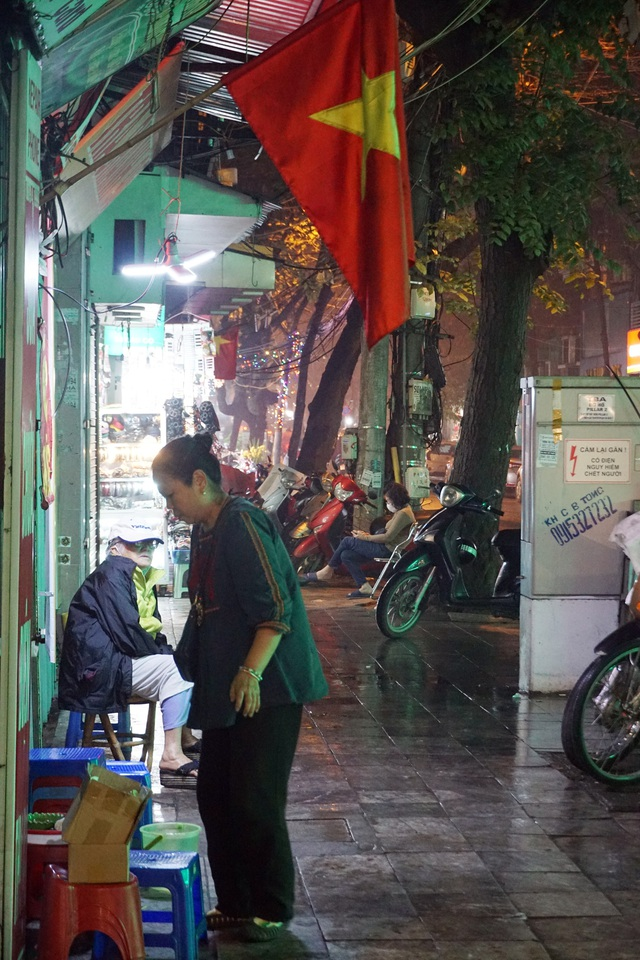 Hà Nội: Nhà hàng, quán cà phê xuyên đêm chuẩn bị cho ngày đầu hoạt động trở lại - Ảnh 19.