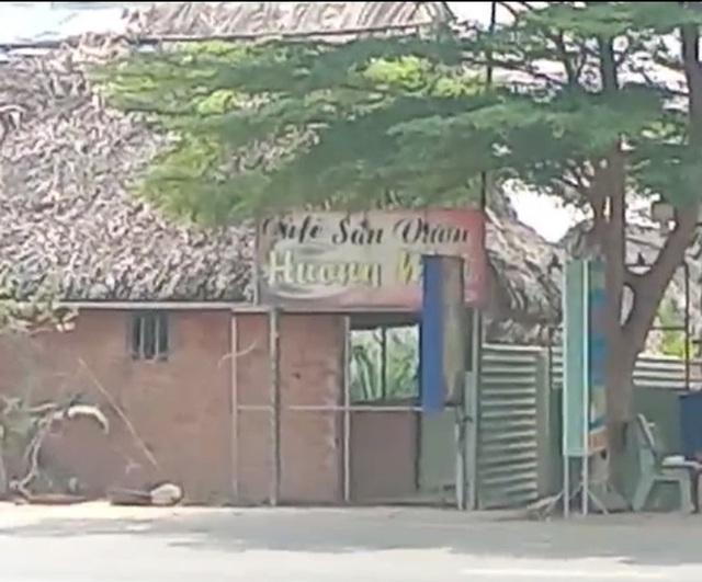 Nữ tiếp viên bị cắn trong lúc massage, chủ quán cà phê đánh khách tử vong  - Ảnh 1.