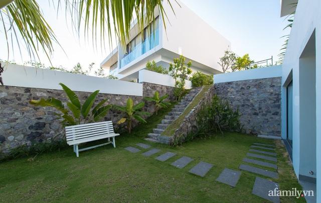 Ngôi nhà hướng biển đẹp lịm tim với bể bơi vô cực ở Nha Trang - Ảnh 12.