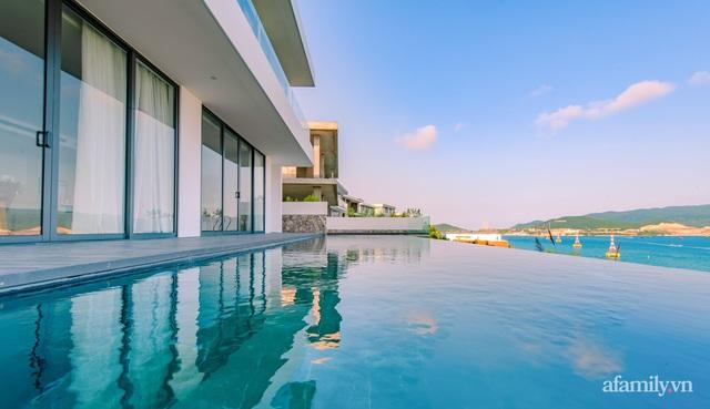 Ngôi nhà hướng biển đẹp lịm tim với bể bơi vô cực ở Nha Trang - Ảnh 5.