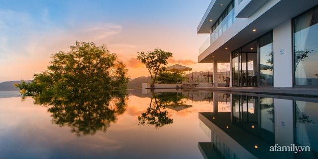 Ngôi nhà hướng biển đẹp lịm tim với bể bơi vô cực ở Nha Trang - Ảnh 9.