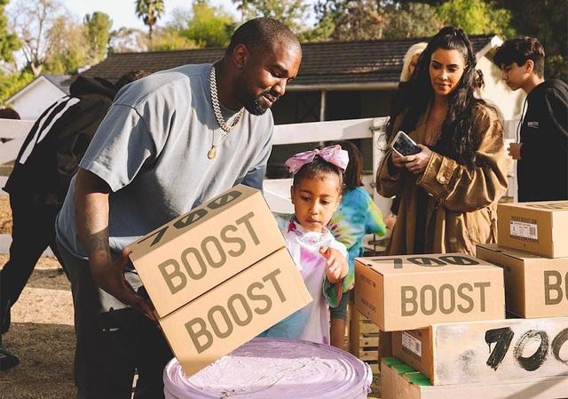 Khối tài sản 6,6 tỷ USD của Kanye West chỉ là cú lừa? - Ảnh 2.