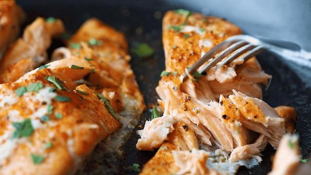 Cá hồi đắt tiền là thế nhưng chế biến sai lầm thì ăn dở ngay, và đây là những mẹo cần biết để có món cá hồi ngon tuyệt đỉnh! - Ảnh 7.