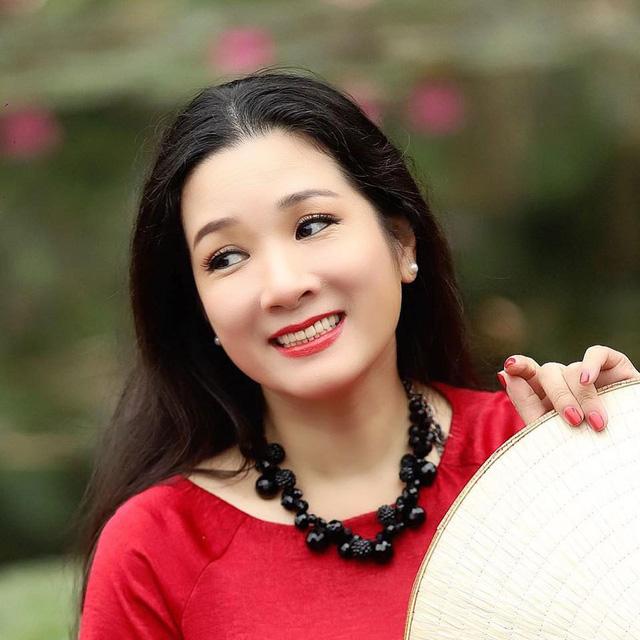 Vẻ trẻ trung xinh đẹp của Thanh Thanh Hiền dù đã ngoài 50 - Ảnh 13.