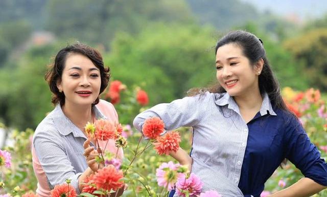 Vẻ trẻ trung xinh đẹp của Thanh Thanh Hiền dù đã ngoài 50 - Ảnh 14.