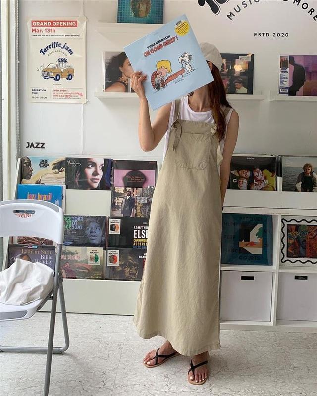 Làm mới loạt items cũ trong tủ đồ bằng 12 công thức mix&match xinh tươi, trendy của hội gái Hàn - Ảnh 4.