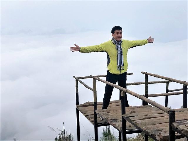 Lên đỉnh Tà Xùa săn mây - Ảnh 7.