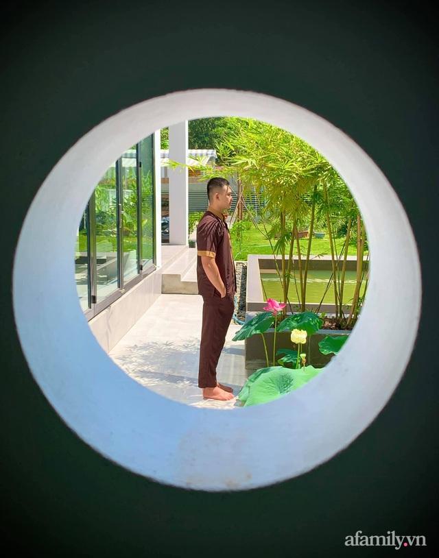 Hành trình rời phố về quê trồng rau nuôi gà, sống trong căn nhà vườn đẹp như tranh vẽ của chàng trai 25 tuổi ở Tây Ninh - Ảnh 5.