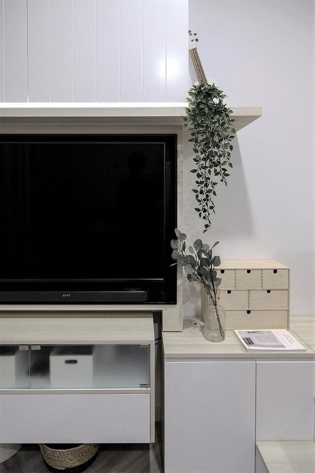 Căn hộ 27m² chứa đựng cả một thế giới bên trong nhờ khéo thiết kế không gian lưu trữ thông minh - Ảnh 7.