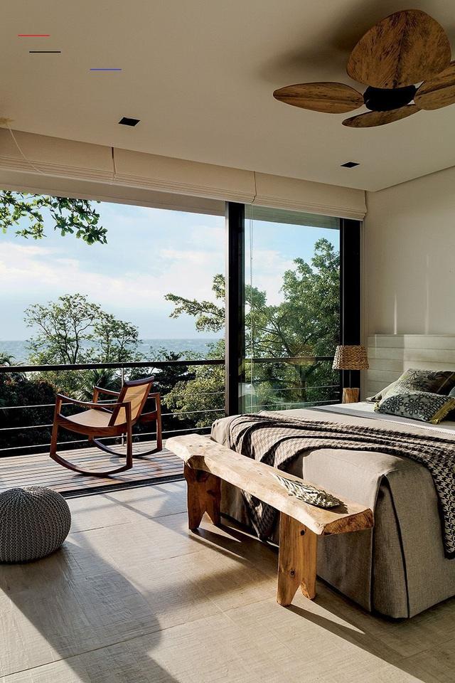 13 gợi ý thiết kế tường kính cho phòng ngủ để hưởng trọn tầm nhìn tuyệt đẹp bên ngoài - Ảnh 9.