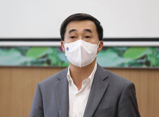 Việt Nam tiếp tục tiêm vaccine COVID-19, tiêm đến đâu bảo đảm an toàn đến đấy - Ảnh 2.