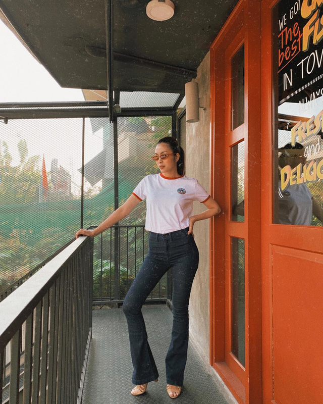 Hè này muốn mix quần đen không bị nhàm chán, nàng công sở hãy học Hà Tăng để thật sành điệu - Ảnh 6.