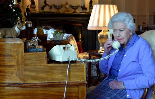 Điều phàn nàn duy nhất của Hoàng thân về Nữ hoàng trong 73 năm - Ảnh 3.