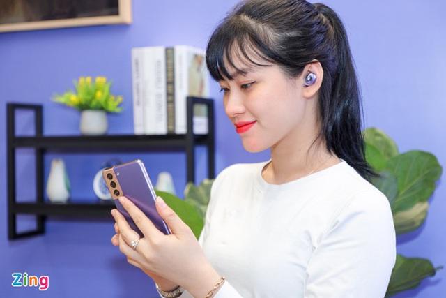 Những mẫu tai nghe true wireless chống ồn, giá tốt tại Việt Nam - Ảnh 6.